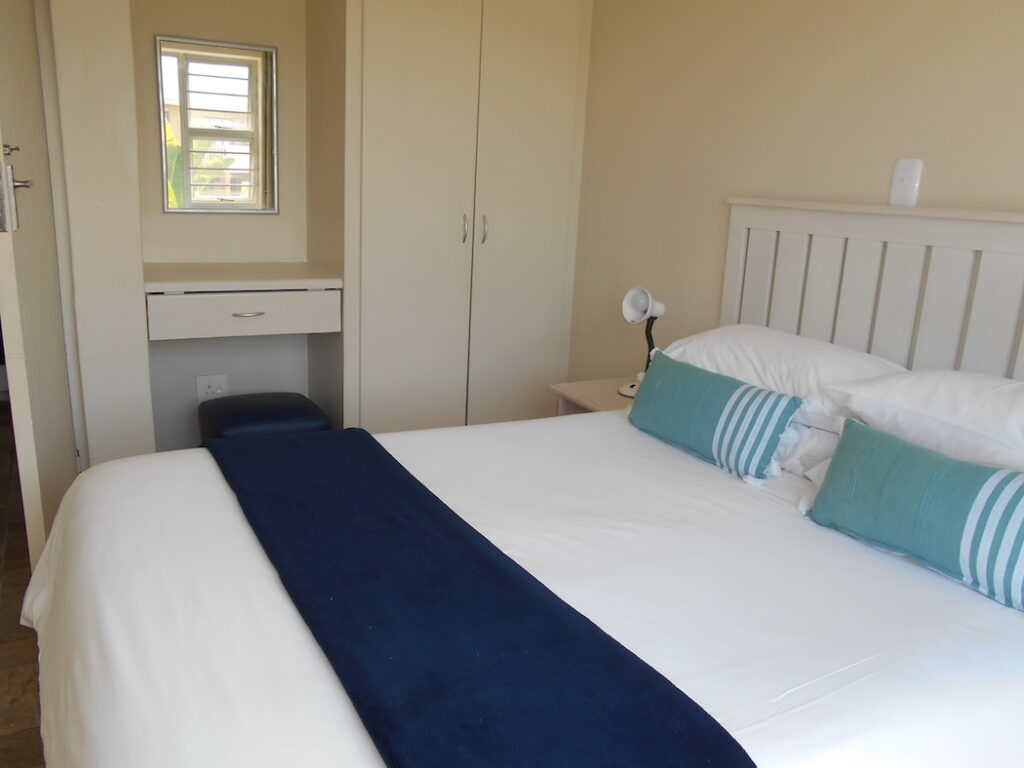 Shearwater, double bed apartment, Cape Town